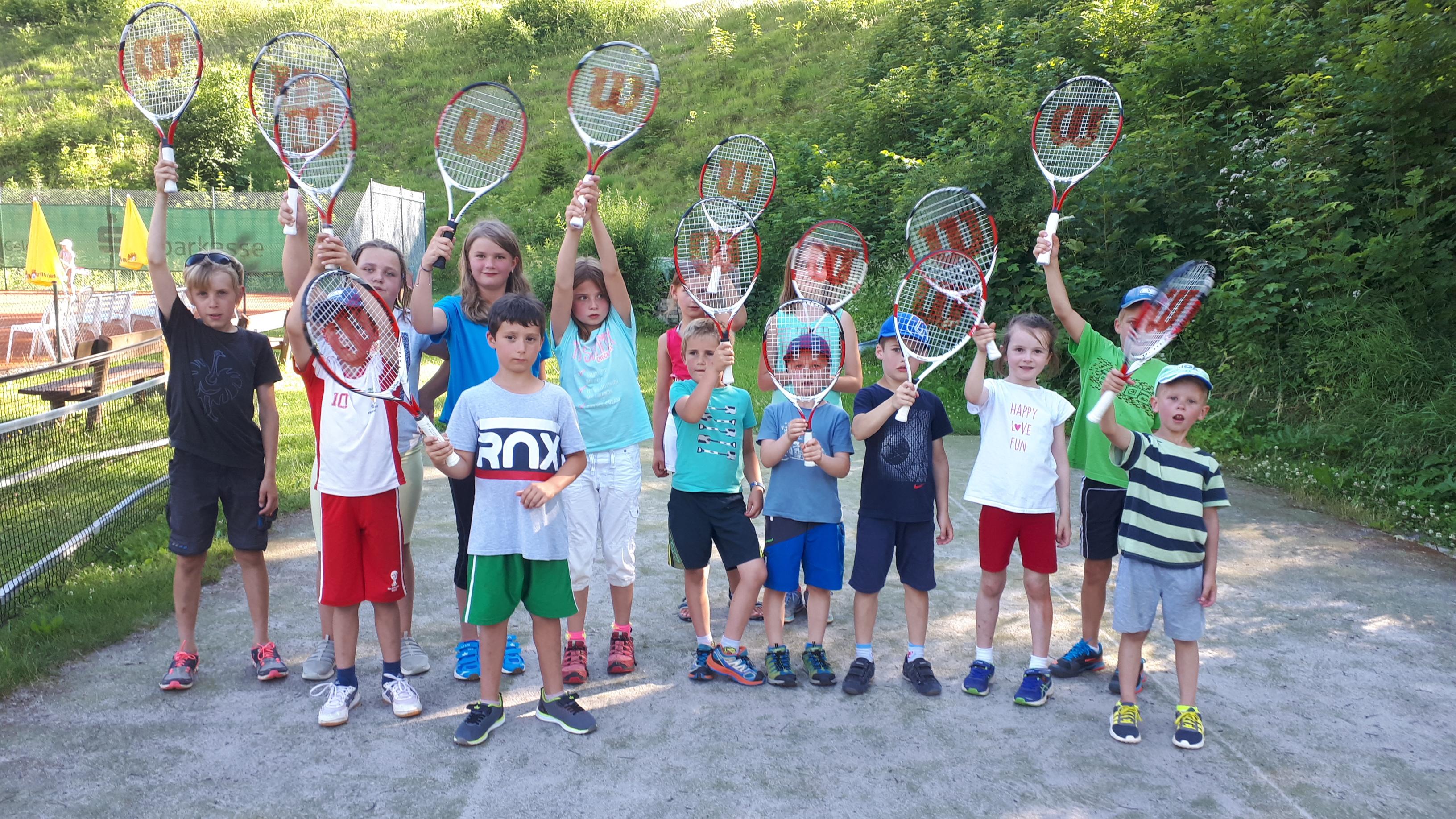 Tennis für Schüler 2021: Start am Montag, 14. Juni um 17:30 Uhr