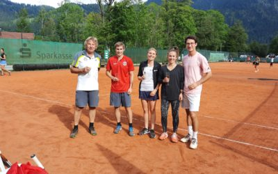 3. Seeberg Open – Impressionen von einem tollen Mixed mit 16 Paaren, der Sieg ging an Hausham: Gratulation Lena und Yannick